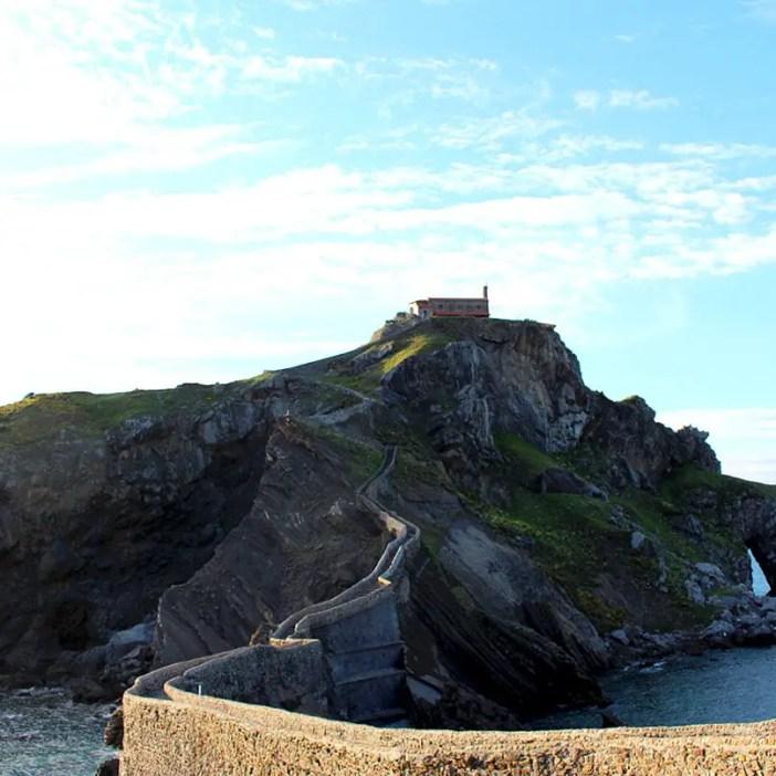 sehenswuerdigkeiten-Biskaya-costa-vasca-reisetipps-baskenland-reisetipps-spanien-Gaztelugatxe-treppen