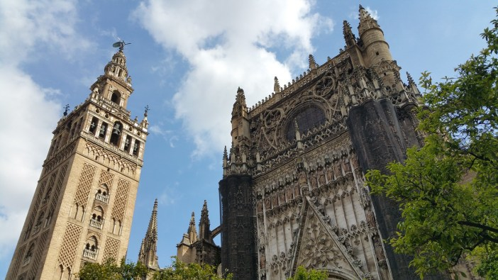 sehenswuerdigkeiten-spanien-nicolos-reiseblog-Kathedrale-Maria-de-la-Sede-in-Sevilla