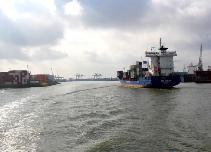 Was-muss-man-in-Rotterdam-gesehen-haben-hafenrundfahrt