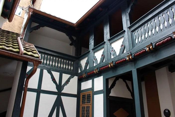 sehenswuerdigkeiten-eisenach-reisetipps-thueringen-reisetipps-deutschland-reiseblog-lutherhaus-innenhof