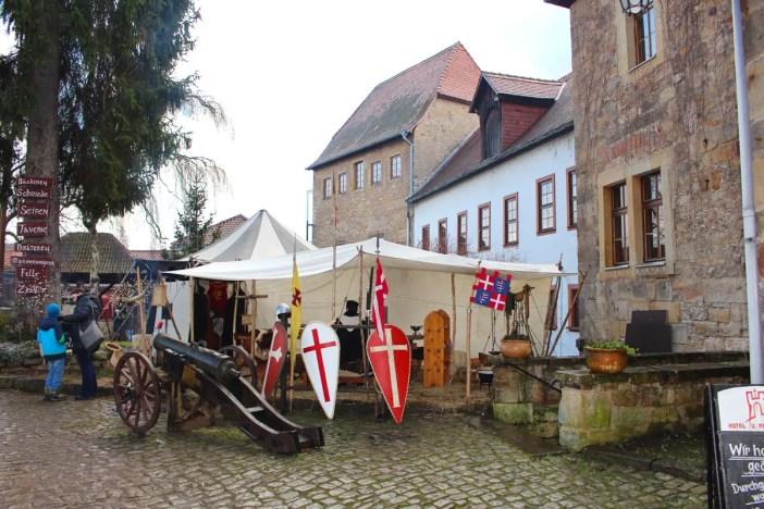 Weihnachtsmarkt-auf-der-creuzburg-reisetipp-thueringen-reisetipp-deutschland-creuzburg