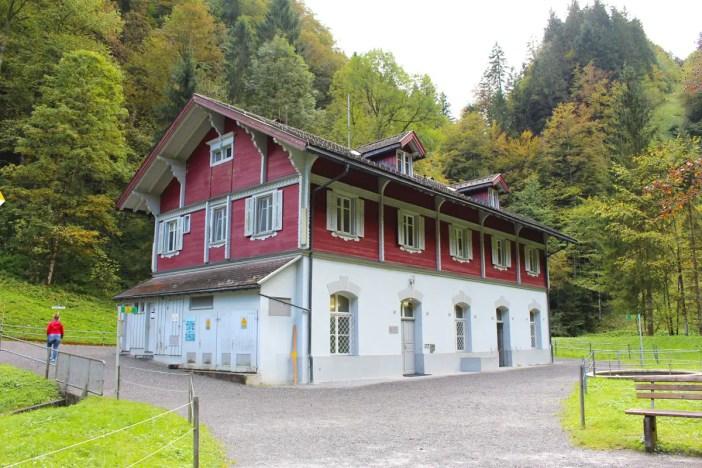 sehenswuerdigkeiten-dornbirn-reisetipps-vorarlberg-reisetipps-oesterreich-rappenlochschlucht-stausee-staufensee-Kraftwerk-Ebesand