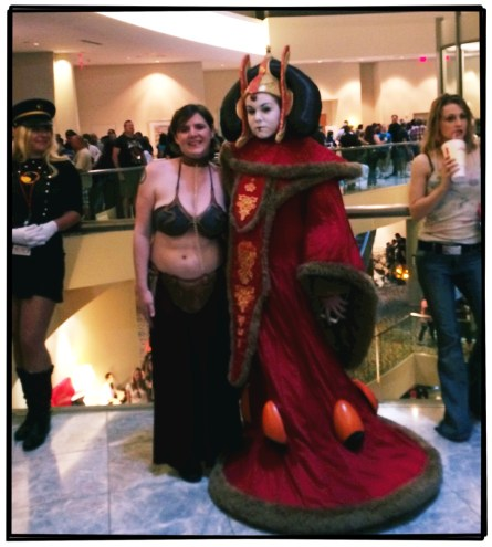 A mother / daughter photo: Princess Leia and Padme Amidala from Star Wars