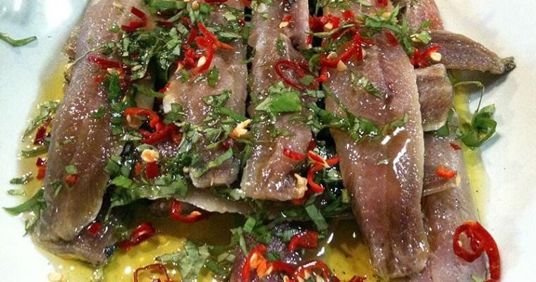 Sardines marinées au basilic et au piment