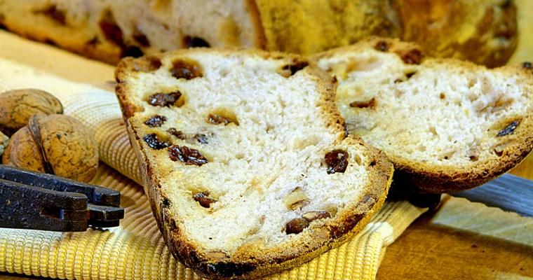 Pain au saindoux noix et raisins sur levain naturel