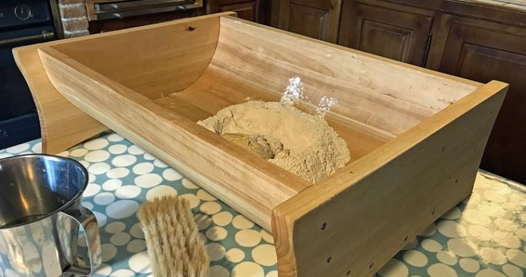 Pétrin artisanal en bois fait à la main