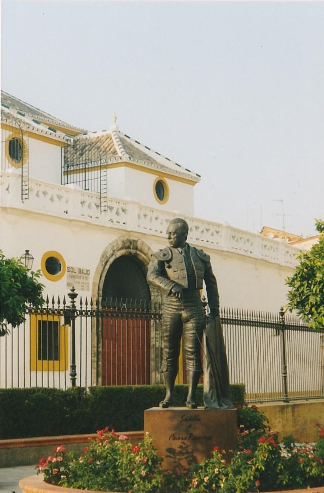 Torrero-Statue