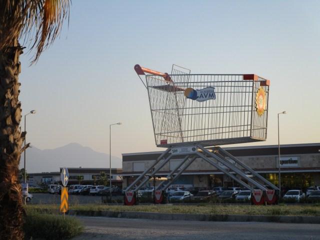 Riesen-Einkaufswagen