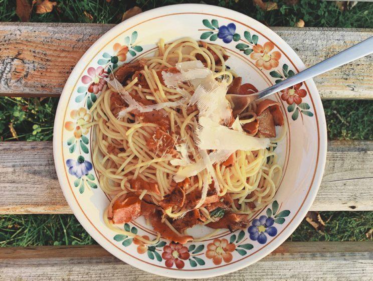 Przepis na spaghetti z rydzami
