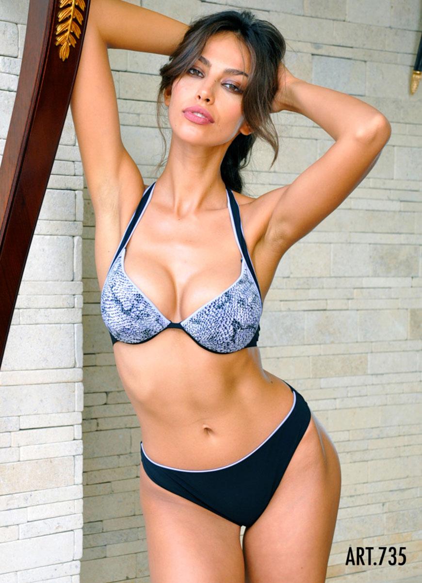 Madalina Diana Ghenea - bikini (13)