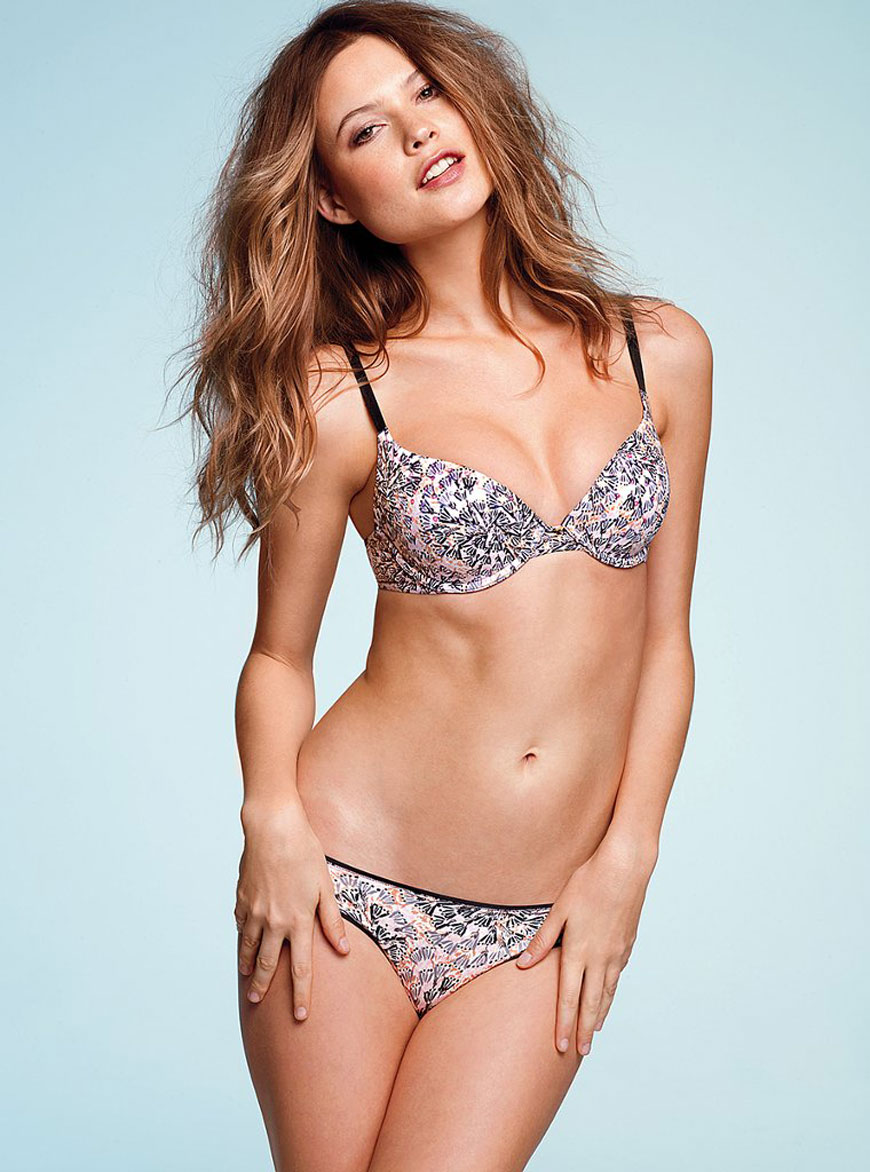 Behati Prinsloo - Victoria Secret (31)