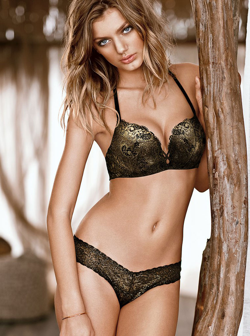 Bregje Heinen in lingerie (20)
