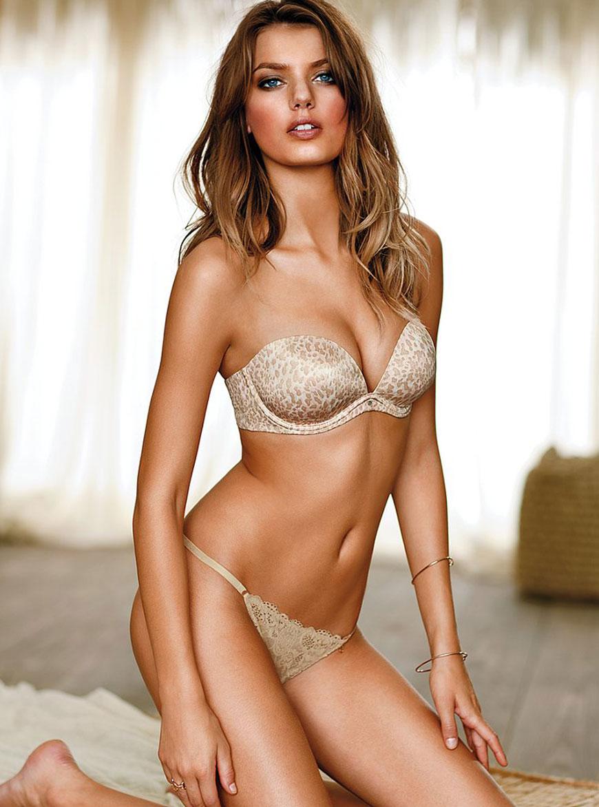 Bregje Heinen in lingerie (2)