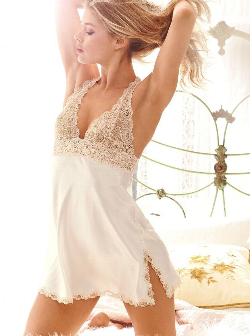 Doutzen Kroes - Victoria Secret Lingerie (17)