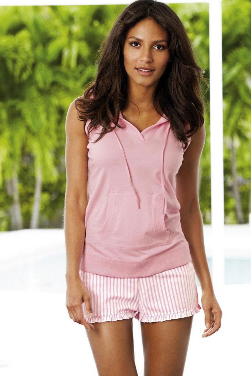 Emanuela de Paula lekker zomers gekleed (33)