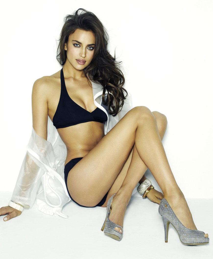 Irina Shayk sexy in bikini (23)
