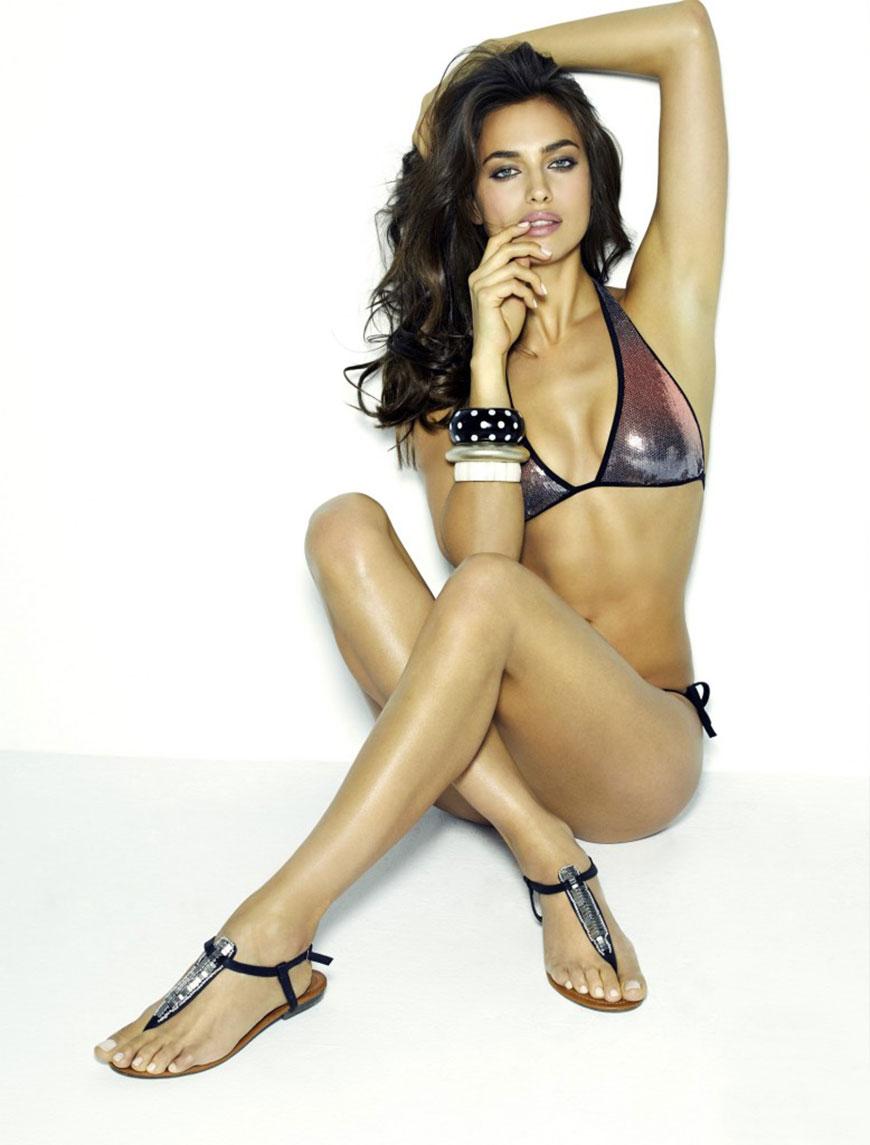 Irina Shayk sexy in bikini (22)