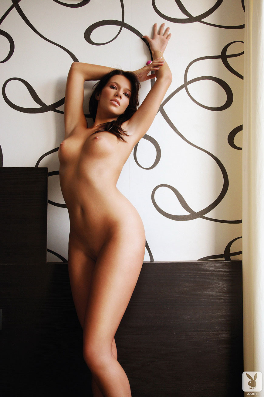 Josipa Marusic Glass - Playboy (11)