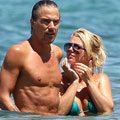 Britney_Spears_in-bikini-op-Maui-klein.jpg