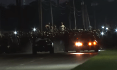Illegale straatrace met Mustang