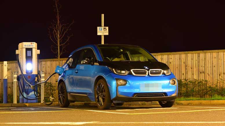 BMW i3 Charging