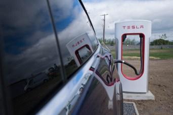 tesla-model-x-charging