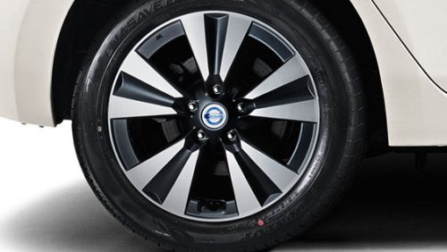 Nissan Leaf Tekna Wheels