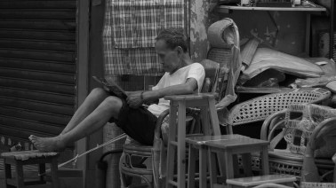 Newspaper readin' - Kennedy Town to Sheung Wan