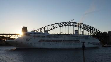 Sydney Harbour Bridge, P&O Cruise