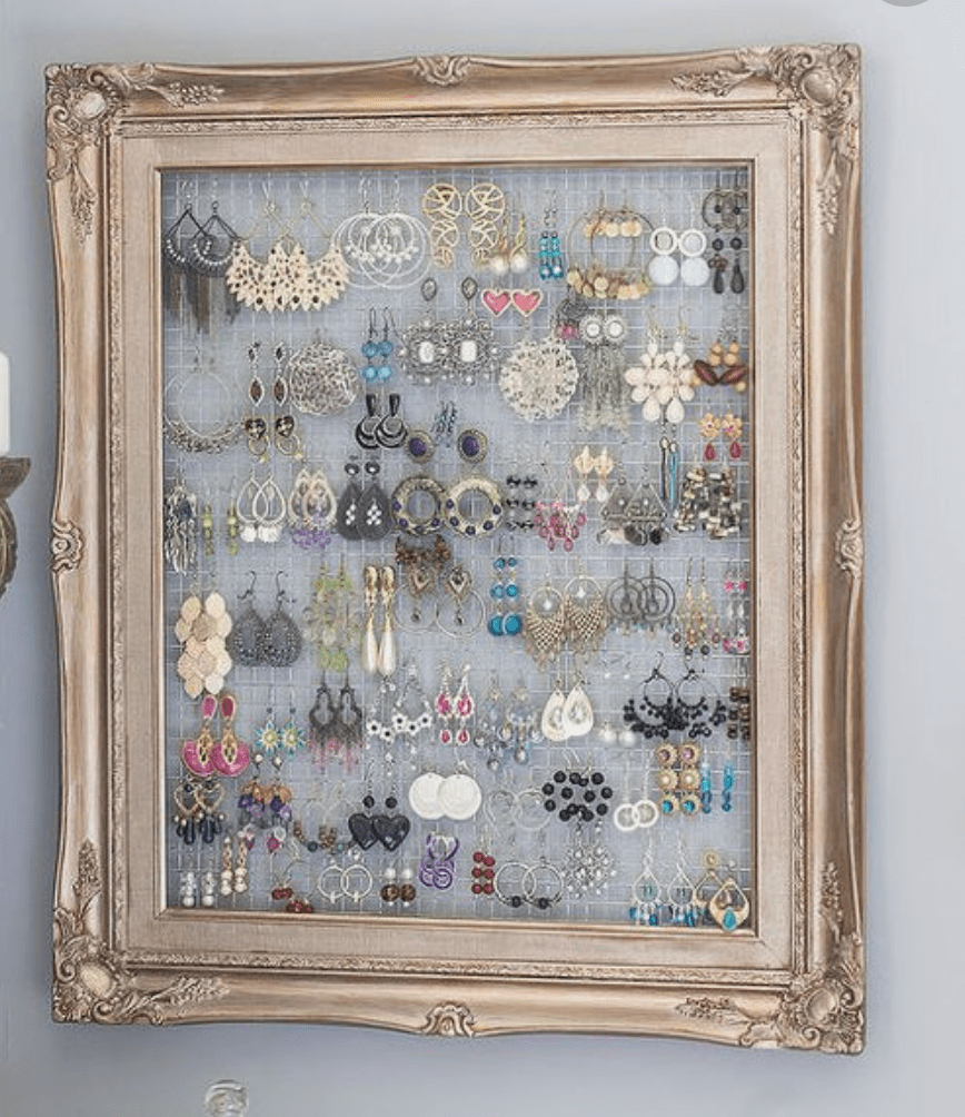 DIY Earring Organizer Using Frame And Chicken Wire