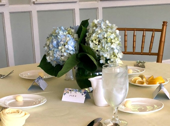 Simple Hydrangea Table Arrangement