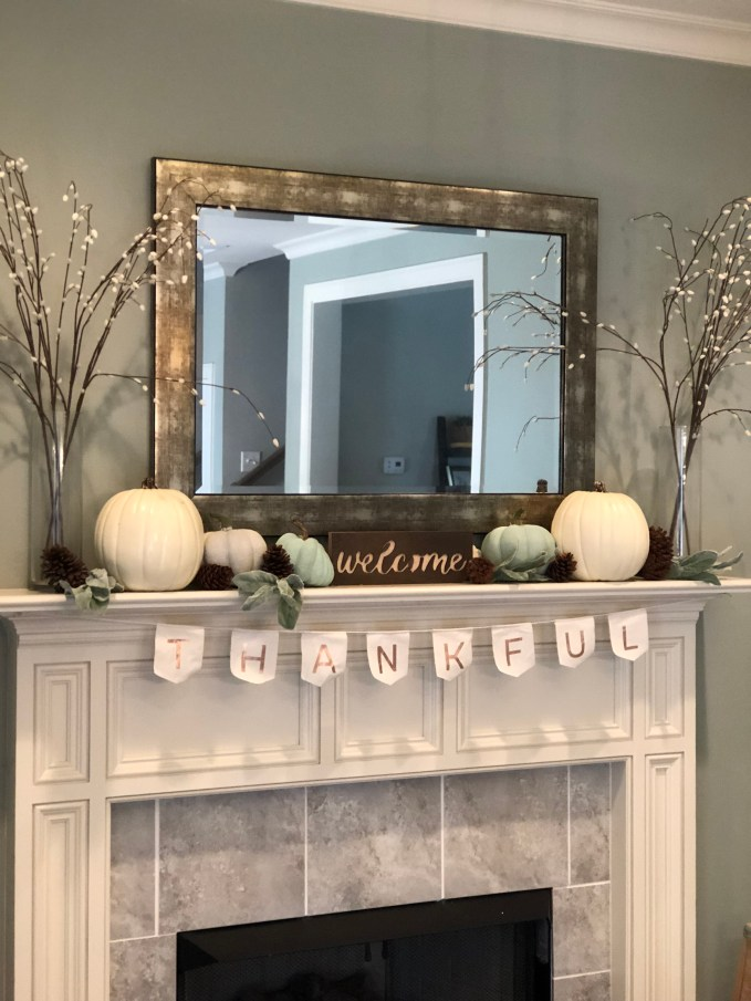 fall fireplace mantle decorations