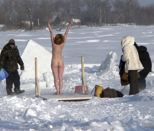 Winter Nudist Family 10