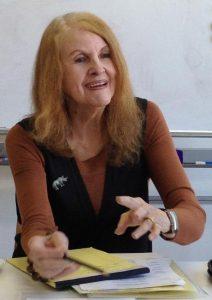 キャロリン・グラハム先生