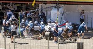 Massa, Williams Martini tyre change