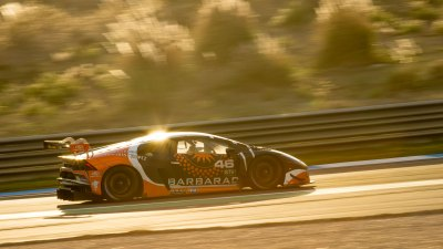 Lamborghini Huracan catches the evening sun, VdeV Endurance Series