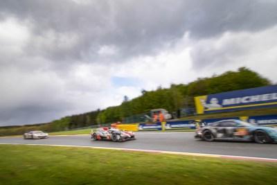 Toyota Hybrid LMP1 chases a Porsche into Malmedy