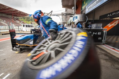 Pit stop, Signatech Alpine Matmut, WEC Total 6 Hours of Spa-Francorchamps