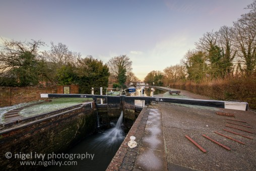 A sunrise shot of the lock on Kennet Canal in Newbury.