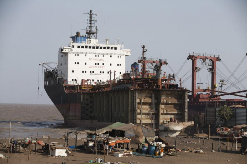 South Asian Shipbreaking Yards Claim 19 Lives this year