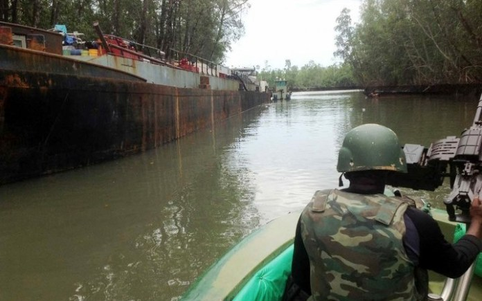 Military pounces on illegal refinery operators in Rivers