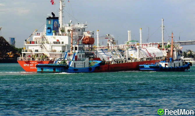 Chinese Engineer died on board of LPG tanker while working