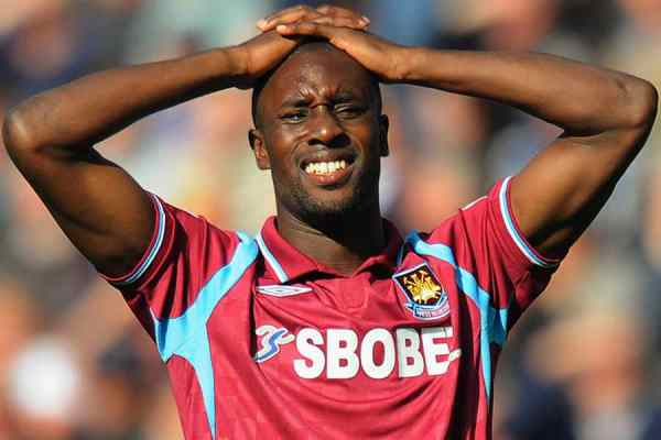 Former Chelsea Striker;Carlton Cole To Be Sacked By Indonesian Club