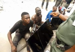SEE Photos Of Thugs Nabbed With Plasma TV Sets Stolen From The Home Of Outgoing Bayelsa Governor, Seriake Dickson