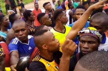 Group of Aba Boys Counters Taskforce and Security Agents, Storms a Radio Station to Protest, Claiming COVID-19 is a Scam