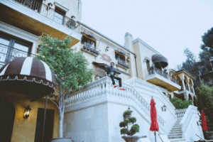 [SEE MONEY] Photos of Wizkid's New Mansion in Los Angeles