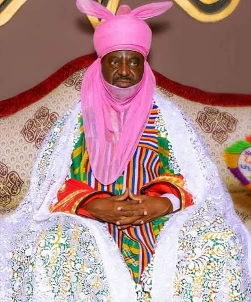 The Emir of Kano, Aminu Ado-Bayero, has re-appointed Alhaji Aminu Danagundi as the new Sarkin Dawaki Babba 17-years after he was removed as Sarkin Dawaki Maitutu. The Special Adviser to Gov. Abdullahi Ganduje of Kano State on Chieftaincy Affairs, Tijjani Mailafiya, confirmed this to newsmen on Monday. According to him, the Kano State Government has […]