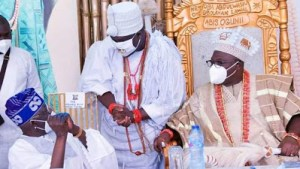 It's deeply insulting that Tinubu refuse to stand to greet Ooni of Ife - FFK