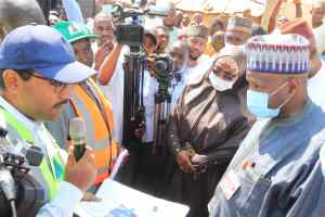 #Inuwa Yahaya of #Gombestate Inspects Ongoing Township Road projects, others