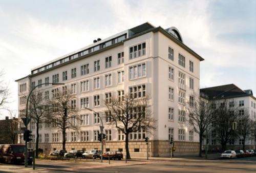 berlin-school-of-economics-law